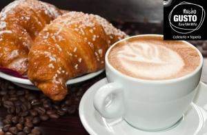 5 Desayunos: Café y tostada